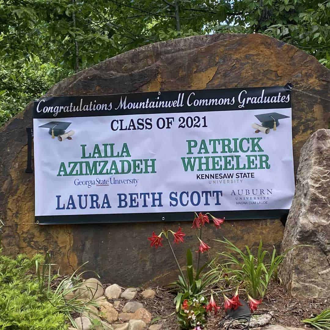 Mountainwell commons graduates neighborhood graduation banner
